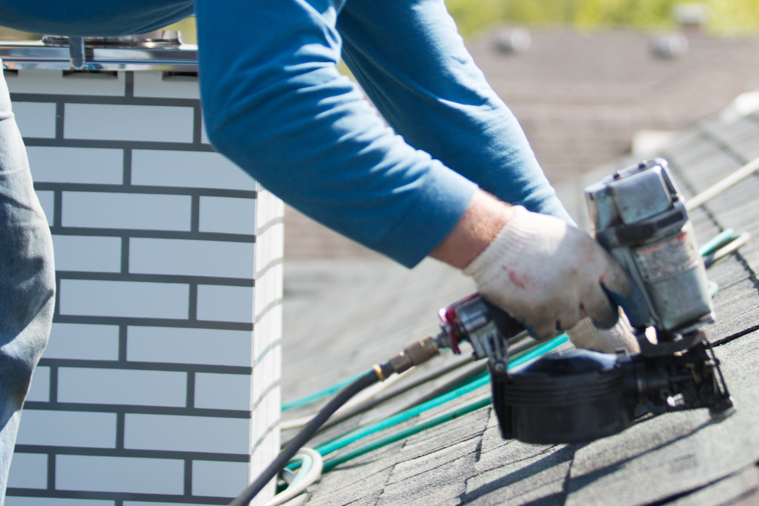 Roof Replacement Installation Shingles Nail Gun
